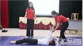 Tập huấn kỹ năng sơ cấp cứu và vận động hiến máu tình nguyện