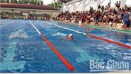"""Sôi nổi giải bơi học sinh """"Đường bơi xanh"""" lần thứ 8"""