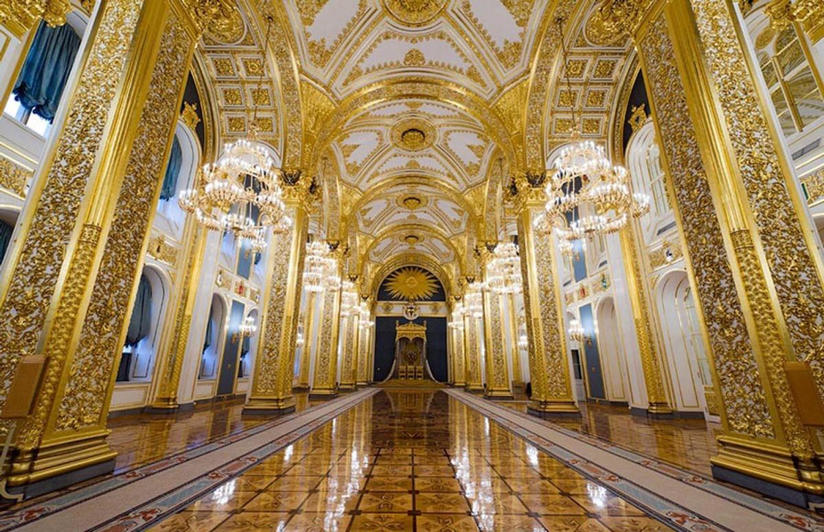 dát vàng, Chùa vàng, tòa nhà dát vàng