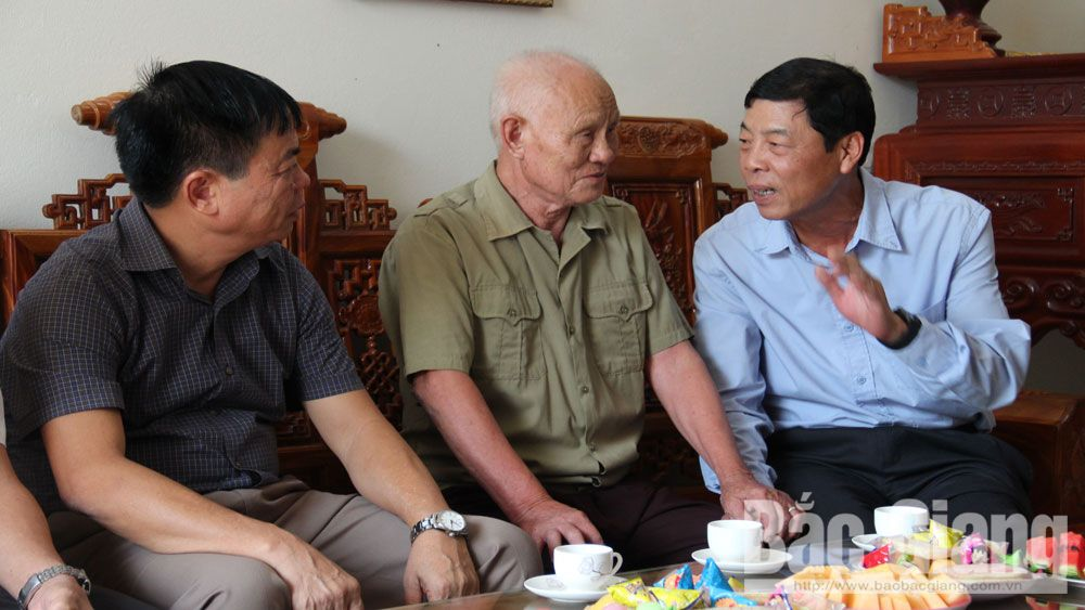 Provincial leader, Bui Van Hai, older people, Lang Giang district, Bac Giang province, International Day of Older persons