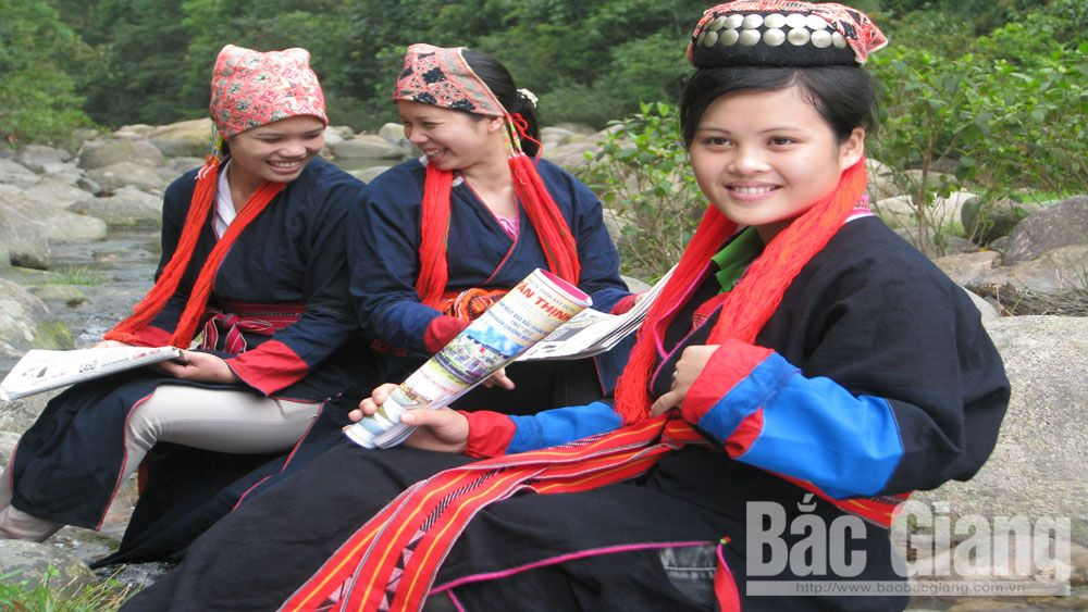 Dao ethnic people preserve national identity