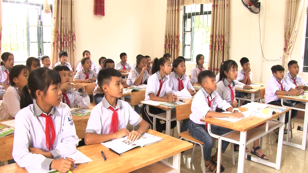 Smart school model launched in Bac Giang
