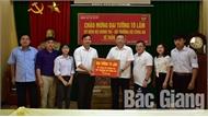 Đại tướng Tô Lâm thăm, tặng quà Trường THPT Tân Yên 1