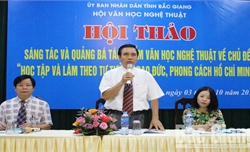 Bắc Giang:  Nghệ sĩ chia sẻ kinh nghiệm sáng tác, quảng bá tác phẩm VHNT về học tập và làm theo gương Bác