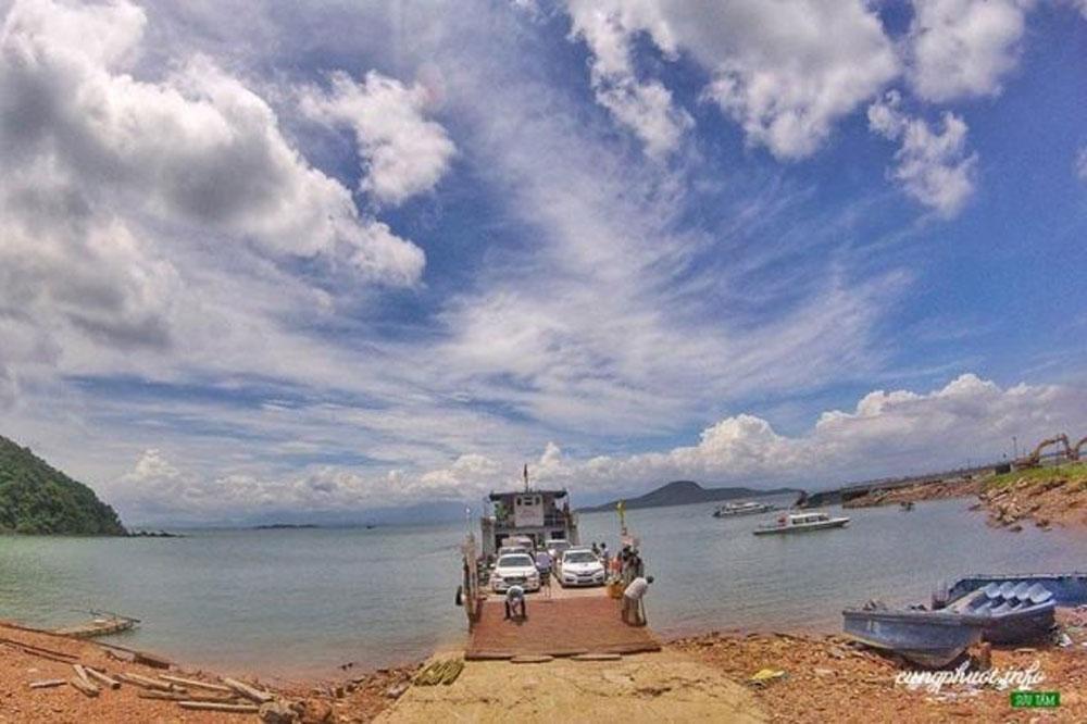 Cai Chien island, untouched paradise, Quang Ninh province, forgotten paradise, must-see destination