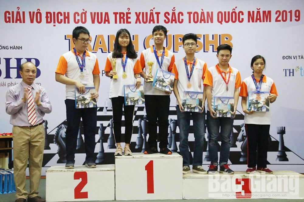 Chess player, Luong Hoang Tu Linh, young talent, Bac Giang province, outstanding faces, new generation, great passion for chess, professional chess player
