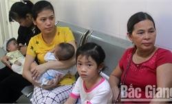 Nhiều bệnh nhân mắc bệnh viêm đường hô hấp do thời tiết