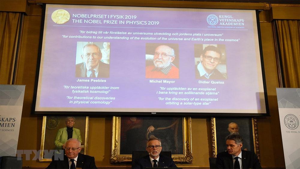 Nobel Vật lý, Khám phá, mở ra, cuộc cách mạng, lĩnh vực thiên văn, Nobel Vật lý 2019