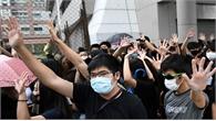 Hong Kong (Trung Quốc)  bắt 77 người đeo khẩu trang