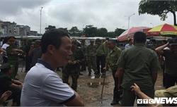 Tự xưng thương binh, quyết phá cổng VFF đòi vé xem Việt Nam với Malaysia