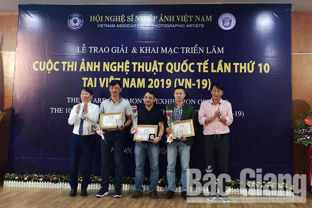 Bac Giang photographer Nguyen Huu Thong wins silver at international artistic photo contest