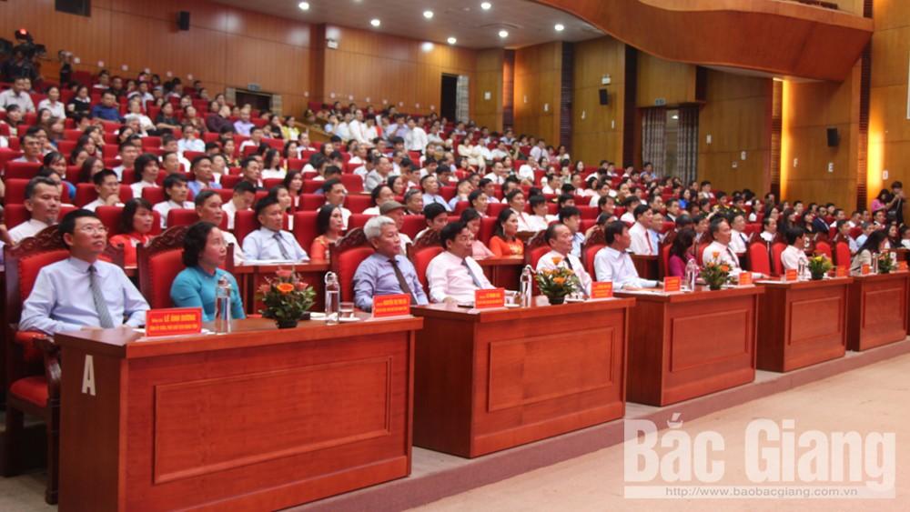 Bắc Giang, Tôn vinh, doanh nghiệp, doanh nhân, sản phẩm công nghiệp, nông thôn, tiêu biểu