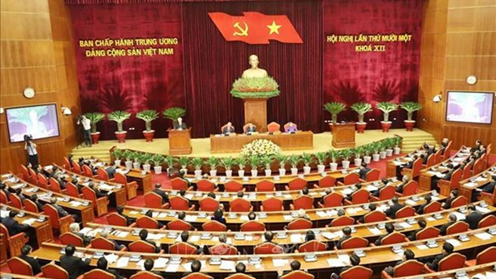 Party Central Committee discusses socio-economic reports