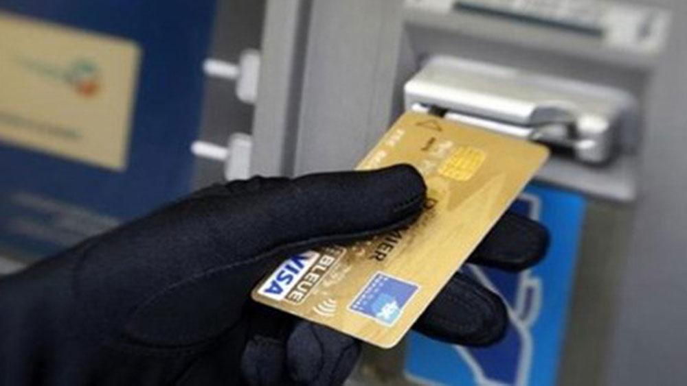 Chủ thẻ mất 29 triệu đồng trong đêm