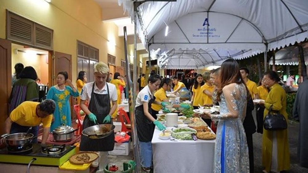 Vietnamese cuisine promoted in Thailand