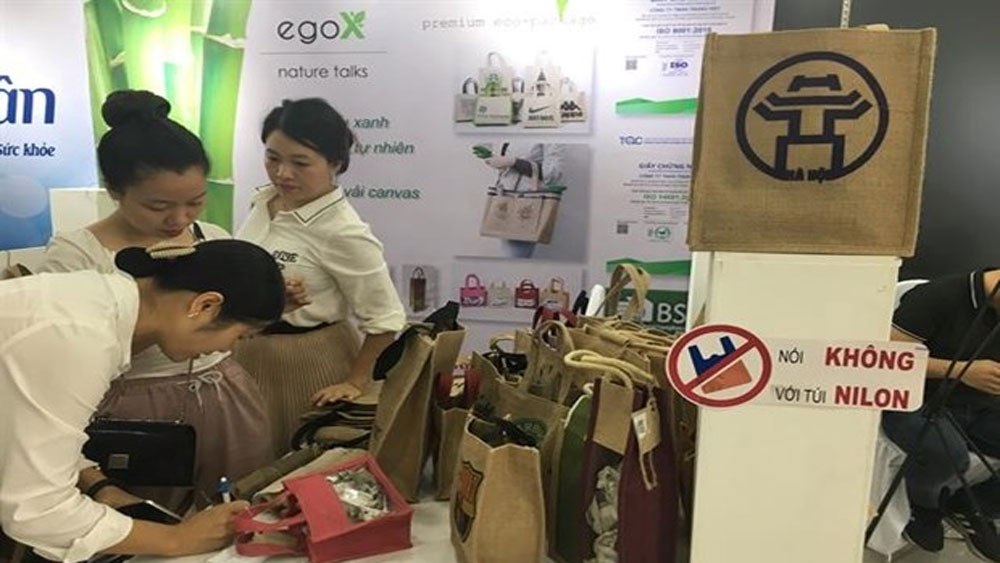 Hanoi's garment firms try to go green