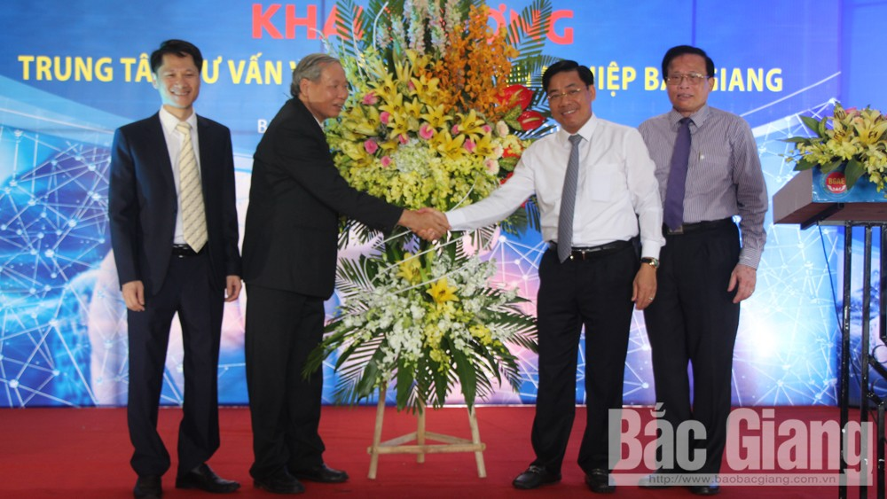 Bac Giang opens provincial Business Consultation and Support Center