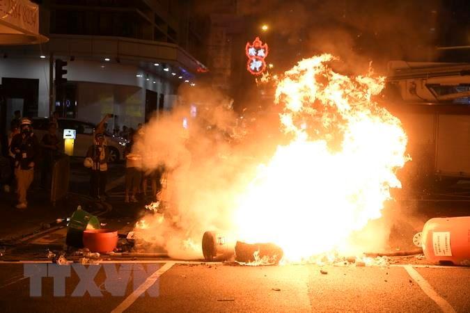 Cảnh Sát Hong Kong, Thiết Bị Nổ, Bom Mìn, Biểu Tình Bạo Lực, Khủng Bố