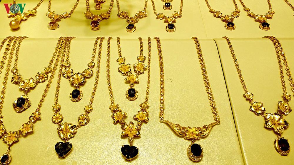 giá vàng hôm nay, xem giá vàng, vàng 9999, bán vàng số lượng lớn, mua vàng giá cao