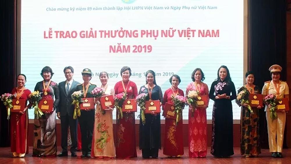 Giải thưởng, Phụ nữ Việt Nam, tôn vinh, cá nhân, tập thể, phát triển, xã hội