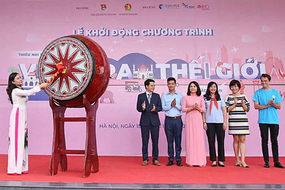 Vietnamese children opportunities, reaching out to the world, Vietnamese Children, Reaching out the World, prominent local culture