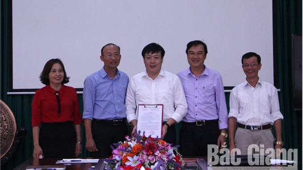 Trường THPT Chuyên Bắc Giang có hiệu trưởng mới