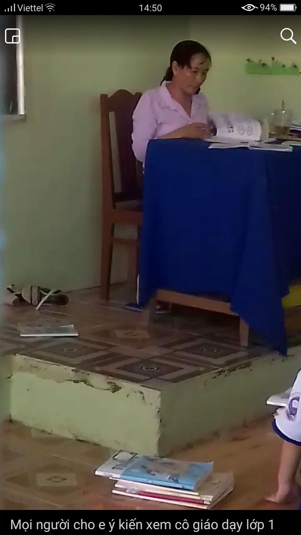 Yêu cầu, ngừng đứng lớp, cô giáo, chấm bài, ném vở học sinh xuống gạch, Trường Tiểu học Vĩnh Thanh