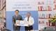 Thư viện tỉnh tiếp nhận và trao tặng  gần 8 nghìn cuốn sách