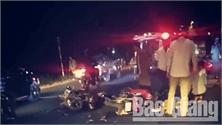 Bắc Giang: Va chạm giữa hai xe máy đi ngược chiều, 6 người bị thương