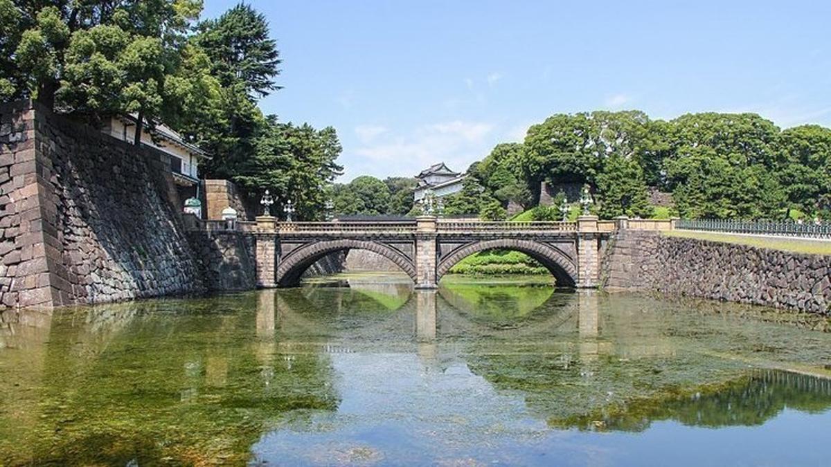 Vẻ đẹp tráng lệ, hoàng cung Tokyo, Nhật hoàng, đăng quang