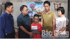 Cháu Hoàng Văn Văn bị bác họ chém trọng thương đã được xuất viện