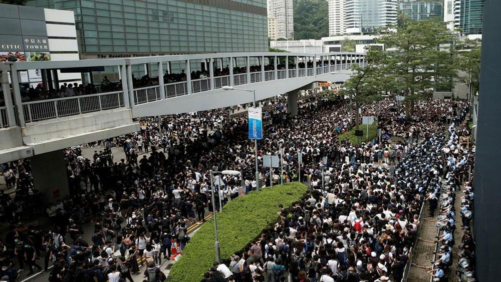 Hong Kong (Trung Quốc), chính thức, rút lại Dự luật dẫn độ
