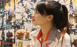 Cô gái Bắc Giang một chân tốt nghiệp bằng giỏi, tự tin mình đẹp theo cách riêng