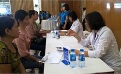 BVNT Bắc Giang tri ân khách hàng, tư vấn bảo vệ sức khỏe Việt