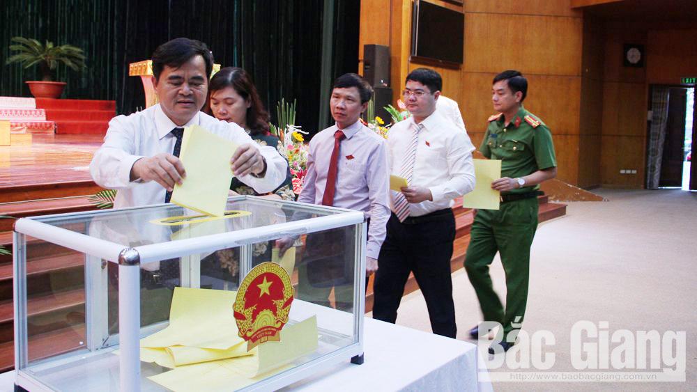 kỳ họp HĐND tỉnh, bầu chủ tịch UBND tỉnh, đồng chí Dương Văn Thái