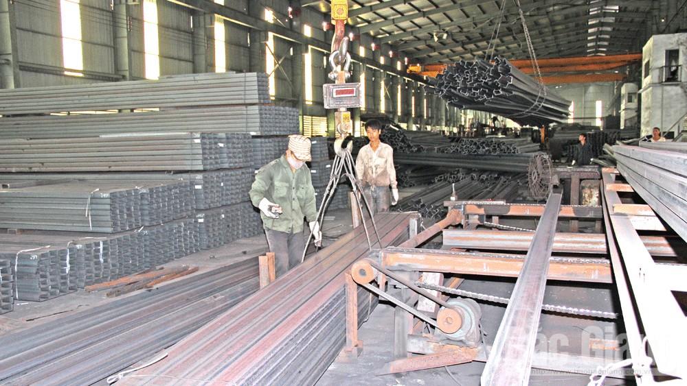 Bắc Giang,  mùa xây dựng, vật liệu xây dựng, gạch đá, cát sỏi, sắt thép, xi- măng, thiết bị gia dụng