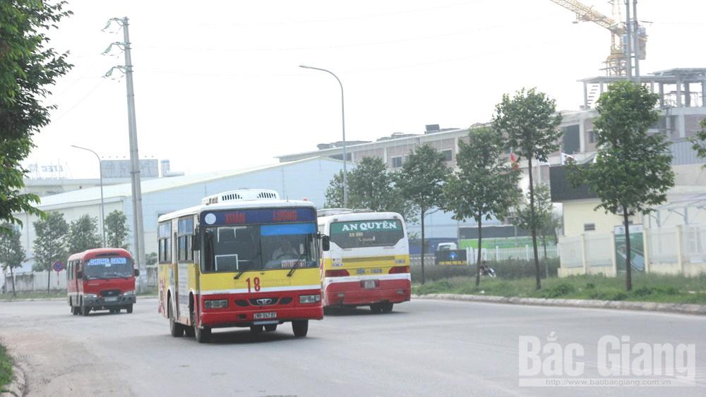 Bắc Giang, công nhân, khu công nghiệp, dịch vụ đưa đón công nhân,  phương tiện cũ, không phù hiệu, rủi ro, đăng kiểm