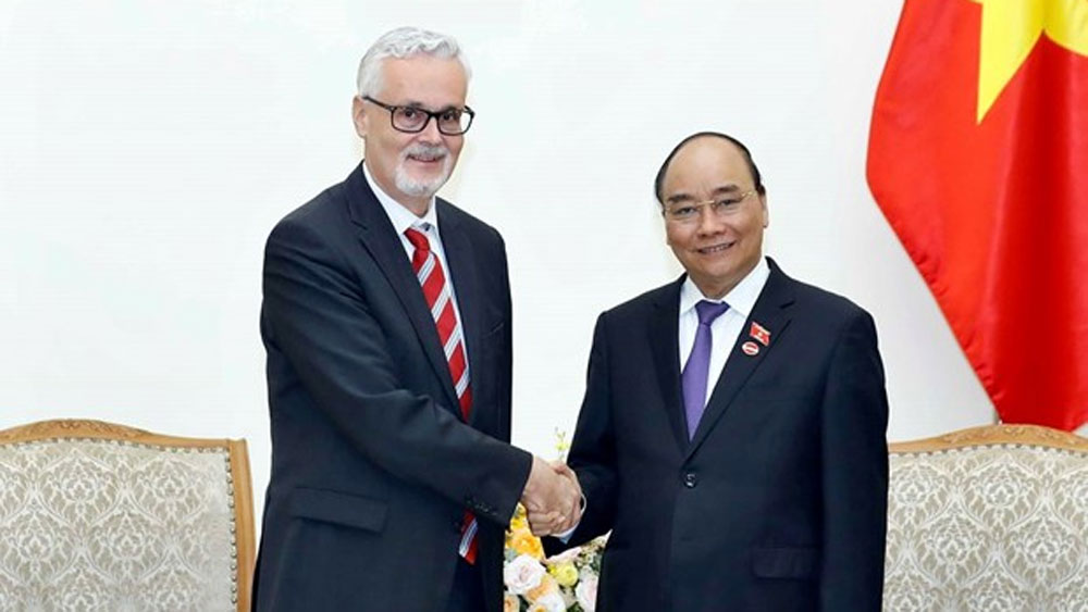 PM receives new German Ambassador to Vietnam
