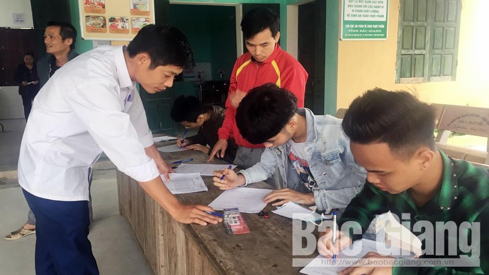 Yên Dũng (Bắc Giang): Hoàn thành khám sơ tuyển sức khỏe nghĩa vụ quân sự