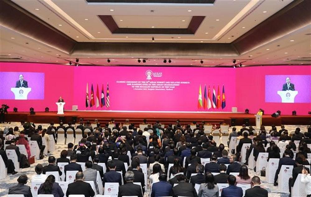 35th ASEAN Summit, Vietnam, chairmanship, ASEAN chairmanship, chairmanship hammer,  sustainable cohesiveness,  global community