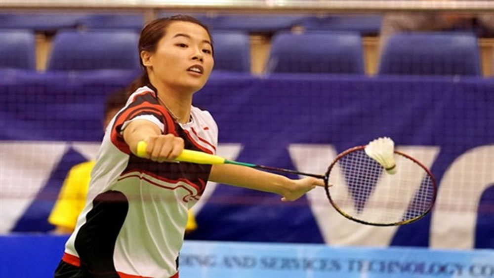 Female badminton player wins silver at Hungarian int'l tournament