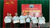 104 đảng viên được trao tặng Huy hiệu Đảng