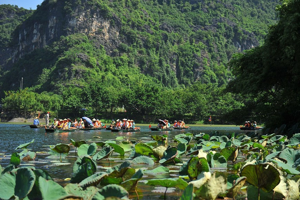 Trang An, beauty in Autumn, Scenic Landscape Complex,  attractive tourist destination, Ninh Binh province