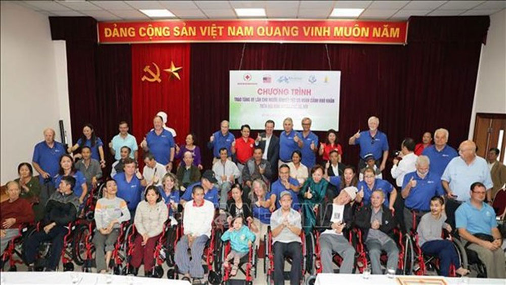 160 wheelchairs presented to Hanoi disabled