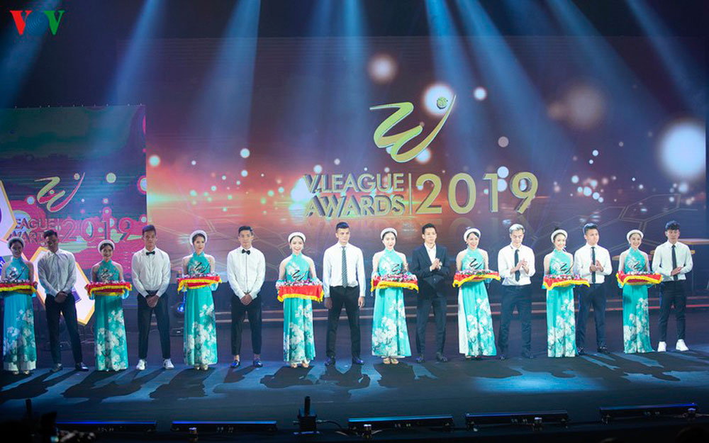V-League Awards 2019, toàn cảnh V-League, Awards 2019, chùm ảnh V-League Awards 2019, Quang Hải