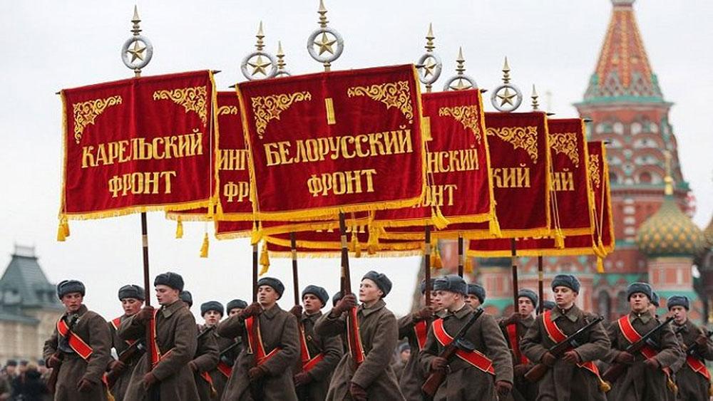 Kỷ niệm Cách mạng tháng Mười Nga, tái hiện, cuộc duyệt binh lịch sử năm 1941