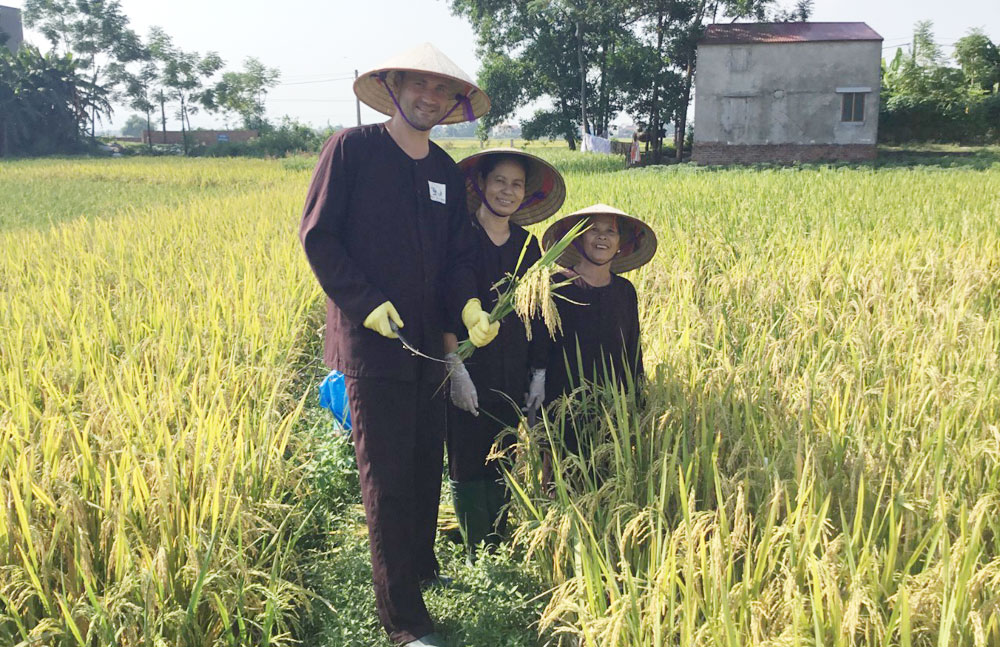 Farmer's family, Bac  Giang province, tourism business, Nguyen Van Du, experimental tourism model, field and fruit growing areas, local tourism products