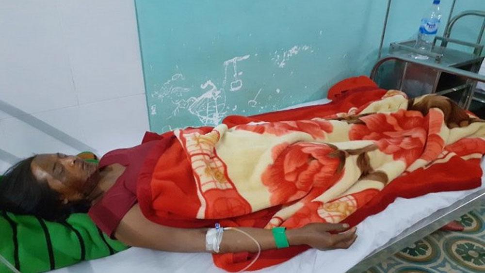 Kon Tum, Nổ đầu đạn, 9 người bị thương, ông A Đang, Trạm Y tế quân – Dân y xã Đăk Nhoong