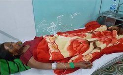 Kon Tum: Nổ đầu đạn 9 người bị thương