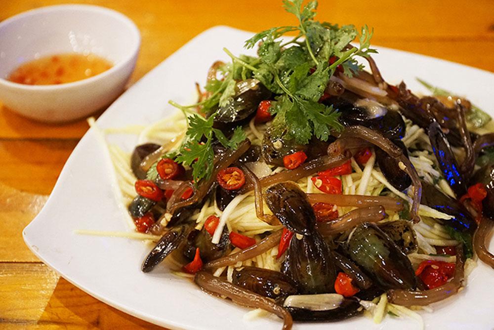 Mekong Delta, food adventure, Ha Tien town, Kien Giang province, beautiful beaches, unique delicacies